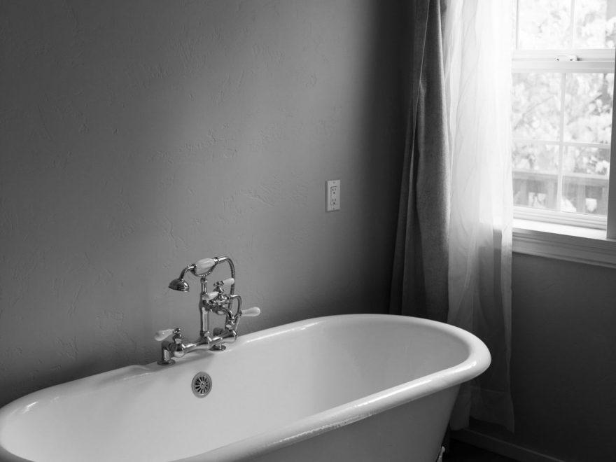 Bring luksus ind i dit hjem med maling af badekar